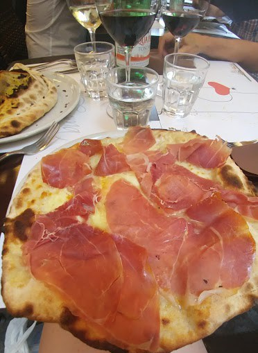 Emma Pizzeria, Rome, Pizza in Rome, Good pizza in rome