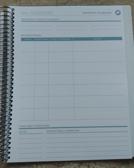 Plum Paper Personal Planner - Social Media Planning - Wandering Nobody Travel Blog