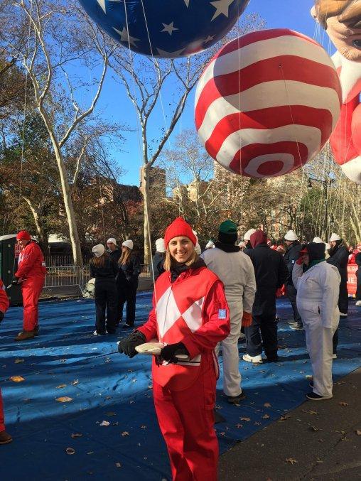 macys, balloons, holding, parade, nyc
