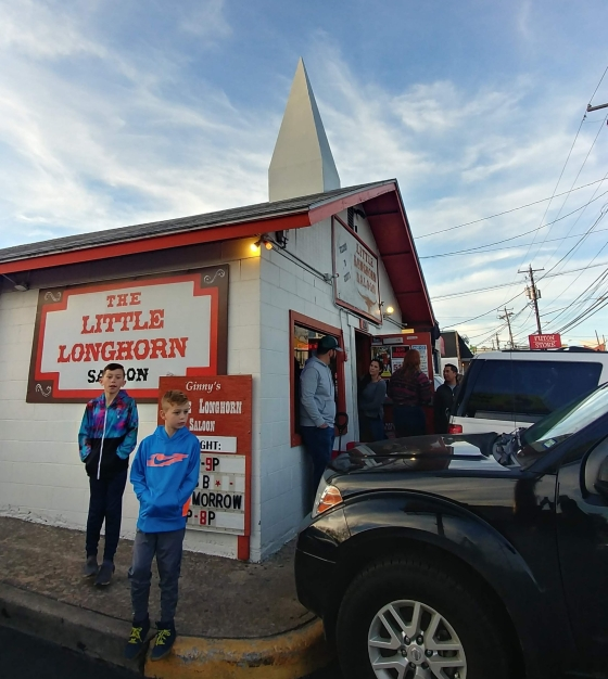 Little Longhorn Saloon - Austin, TX - Wandering Nobody Travel Blog
